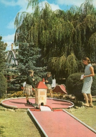 golf-miniature-piscine-de-la-ferte-alais